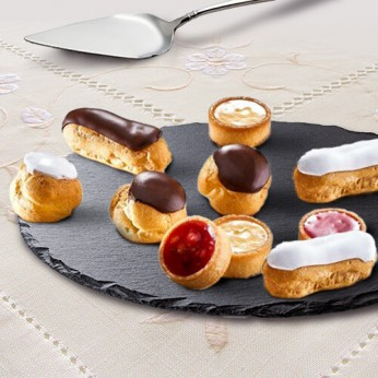 12 petits fours