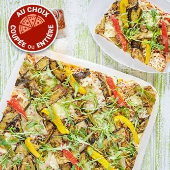 Pizza Légumes du soleil coupée en 16