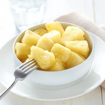Ananas frais en morceaux