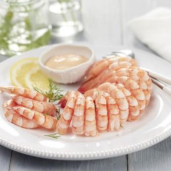 Couronne de queues de crevettes sauce crustacés