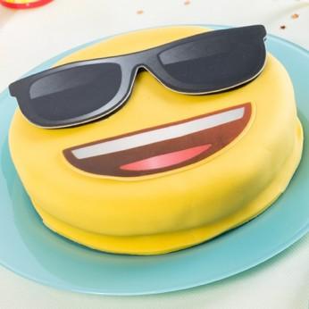 "Gâteau Emoji ""Lunettes de soleil"""