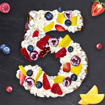 Number Cake - Framboise - Numéro 5 - 15 parts