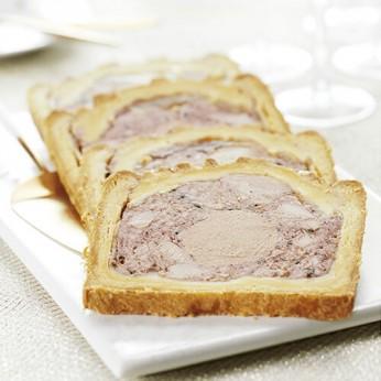 Paté en croûte volaille avec 20% de bloc de foie gras