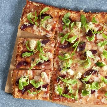 Pizza périgourdine coupée en 8