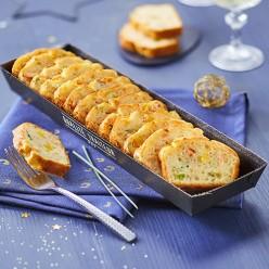 Cake au saumon et ses petits légumes relevé d'un trait de jus de citron