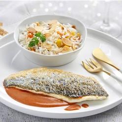 Dorade à la Bisque de langoustine & Piquillos, riz Basmati aux Amandes