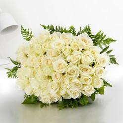 Bouquet de 50 roses blanches