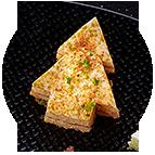 Sapins jambon Serrano et fromage au piquillos