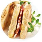 Sandwiches garniture jambon sec et beurre à la moutarde à l'ancienne