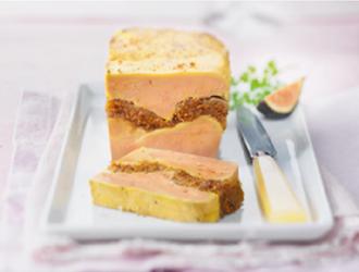 Terrine de foie gras de canard aux figues et au muscat de rivesaltes